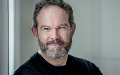 "Gerald Finley Wins Dora Award for COC Otello ""Iago"""