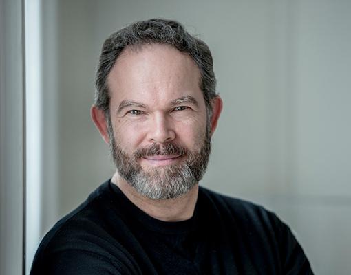 "Gerald Finley Wins Dora Award for COC Otello ""Iago"""